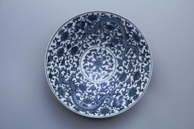 青花龍薄胎碗 1